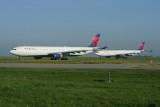 Delta Airbus A330-300 & Delta Airbus A330-300