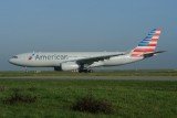 American Airbus A330-200 N281AY
