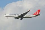 Turkish Airlines Airbus A330-200 TC-JIL