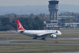 Turkish Airlines Airbus A330-200 TC-JNA
