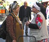 P1010029_ladies talking_8.jpg