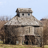 Looks like this might need a new roof and a little paint to put it back into its prime but with the new technology it still won't be used.