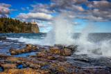 Split Rock lighthouse, waves 1