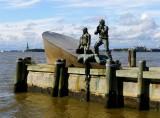 112 107 Merchant Marine monument.jpg