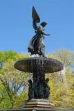 412 428 1 Bethesda Fountain 2013 5.jpg