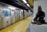 535 Subway 12 2011.jpg