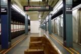 536 subway 18 2011.jpg