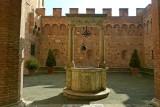 111 Palazzo Chigi-Saracini 2015 7.jpg