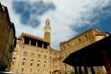 133 Siena Piazza Mercato 2015 5.jpg