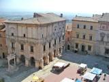 499 Montelpuciano 13 Piazza Grande.jpg