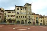 603 Arezzo Piazza Grande 2015.jpg