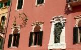 431 120 Verona Piazza Bra.jpg