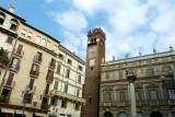 452 163 Verona Piazza delle Erbe.jpg