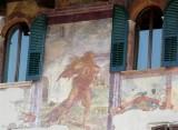 458 176 Verona 08 Piazza delle Erbe.jpg