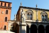 466 187 Verona Piazza Signori.jpg