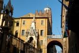 471 199 Verona Arche Scaligore.jpg