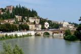 499 258 Verona Ponte della Pietra.jpg