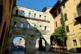 512 279 Verona Porta dei Borsari.jpg