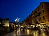 520 295 Verona Piazza Bra.jpg