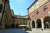 160 Milano Piazza Mercanti.jpg