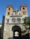 596 Puerta del Cambron Toledo.jpg
