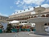230 Padova Piazza delle Erbe.JPG