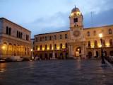 401 Padova Piazza dei Signori.JPG