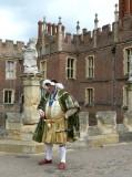 118 102 Hampton Court 2014.jpg
