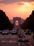 9117 champs elysees.jpg