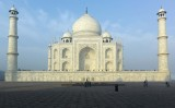 Taj Mahal side view M8