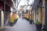 in Yorkville @f1.1 a7