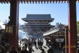 at Sensō-ji gate