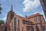 Alphen, RK kerk 16 [018], 2013.jpg