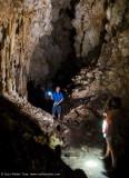 Phil & Pan in the Bat Cave - Farondi