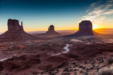 14-02 Monument Valley -1.jpg