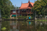 Nous adorons ce genre de maison avec le toit aux bouts pointues_0258.jpg
