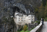 Predjama Grad (Predjama Castle)