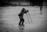 Patineurs sur le fleuve_Skaters on the River