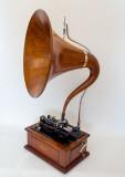 Triumph Model D with Oak Music Master Horn