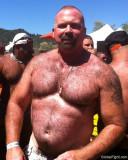 goatee big beard gay man seeks buds.jpg