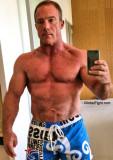 hunky california gay man seeks gym buddies.jpg