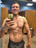 musclestud self photo gym gay guy.jpg