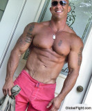 huge bodybuilder gay personals.jpg