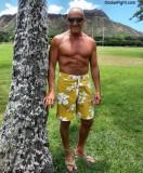 daddie showing abs hawaii.jpg