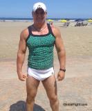 hot hunky muscledudes.jpg