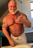musclebear daddy gym selfie.jpg