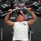 gym guys workingout webcam.jpg