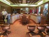 Council Chambers DSCF03694