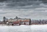 Barn Beyond Icy Pasture 20140112
