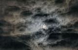 Hiding Moon 43556